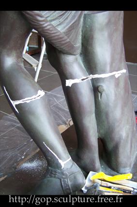 Réparation d'une reproduction de l'Amazone de Phidias